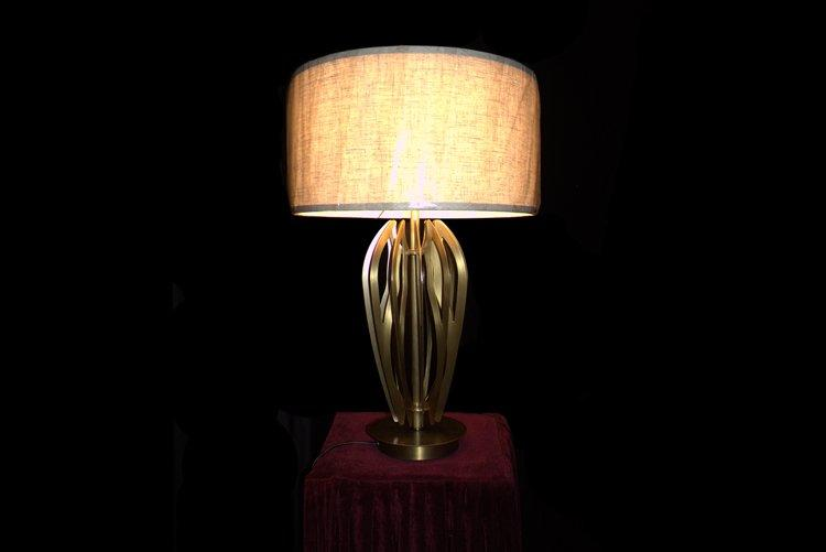 EME LIGHTING retro western table lamps copper material for bedroom