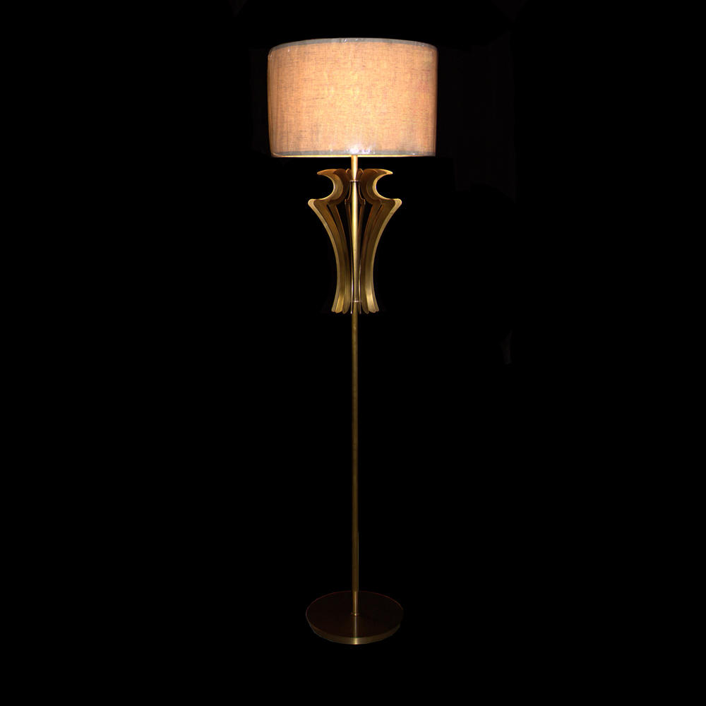 European Style Floor lamp (D480 H1750-3)